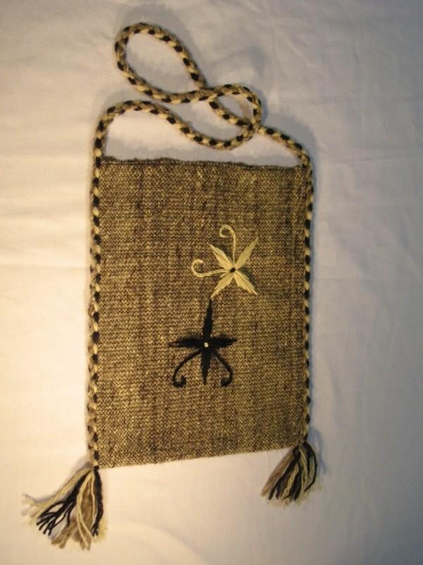 Битова торбичка с бродерия T09003